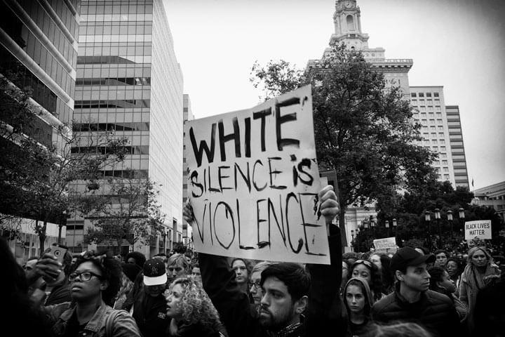 white-silence-720.jpg